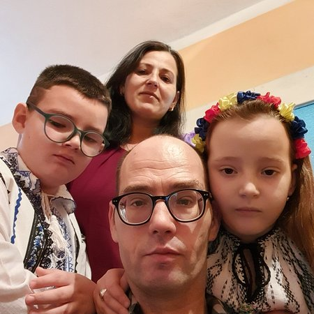 Merghindeal, Romania: My family  We met in again in Easter holidays after about 4 months for couples of days because I need to come back to work  So again very short time spent together