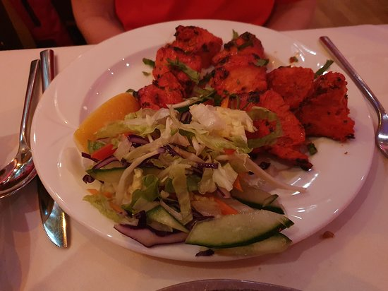Jai Ho at The Coppingham Arms: chicken tikka main