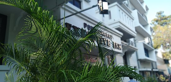 Well maintained hotel for Executives