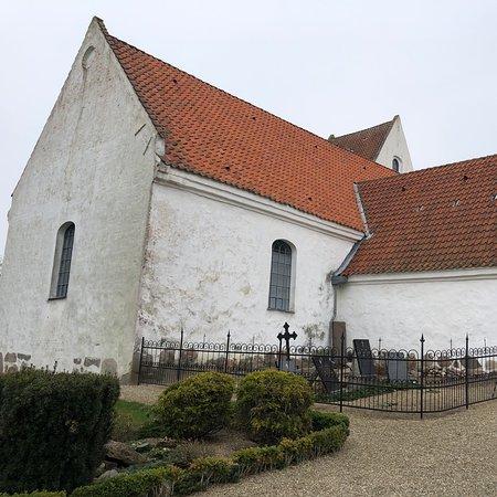 Simmerbolle Kirke