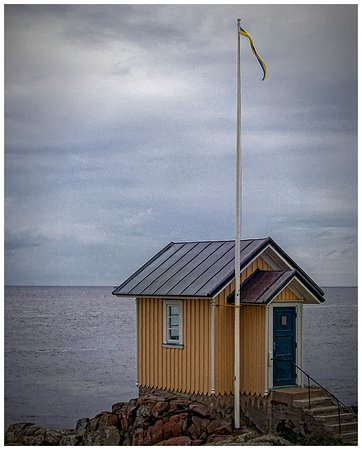 Torekov, Suecia: This cute little beach hut is one of the town's main landmarks.