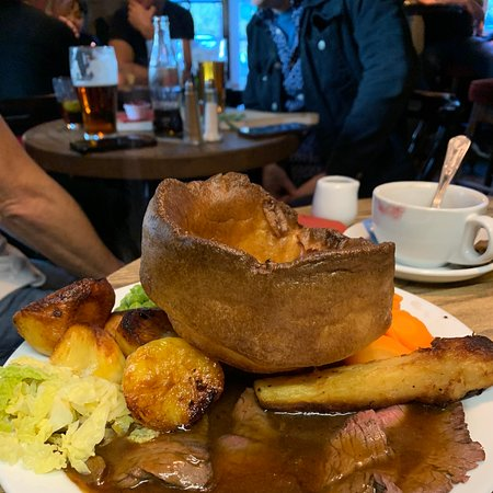Had late Sunday lunch just fab a must try!