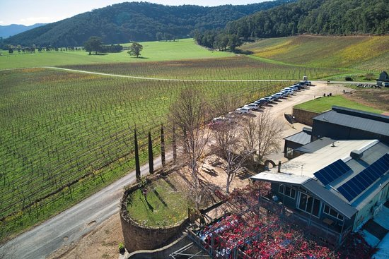 Feathertop Winery