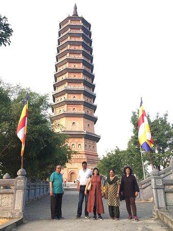 Провинция Нинбин, Вьетнам: Bai Dinh Pagoda, Vietnam during day time.