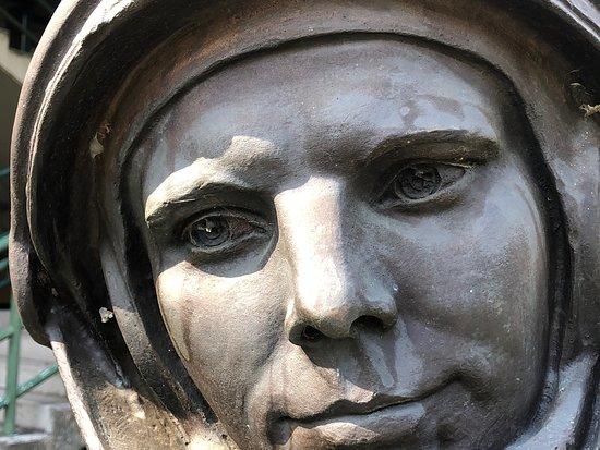 Busto in Bronzo di Yuri Gagarin