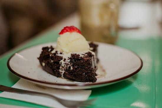 Департамент Ла-Пас, Боливия: Lo dulce no puede faltar, y que mejor con un pastel de chocolate