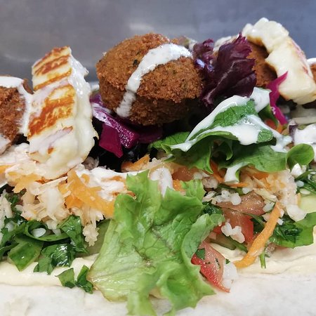 Stonehouse, UK: Authentic middle eastern falafels alongside a variety of fresh salads served in either, khobez wraps, pitta or as a salad.