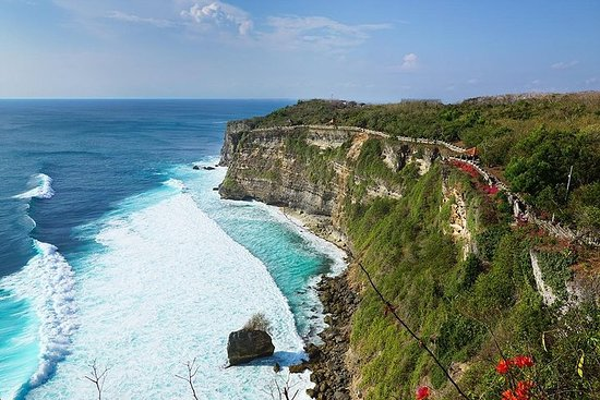 Private Full-Day Tour in Bali with...