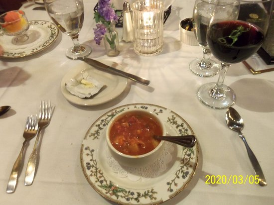 Milford, NH: Mnahattan Clam Chowder as soup of the day was excellent
