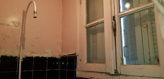Borj Bou Arreridj, Algeria: Ces photos ont ete prises dans l'hôtel de la paix à Bordj bou arreridj en Algérie au mois de janvier 2020 et elles parlent d'elles-même.