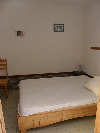 Майо, Кабо-Верде: Notre chambre tout mignone avec une salle de bain à côté
