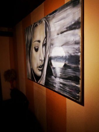 Roman, โรมาเนีย: Pictures from the restaurant.