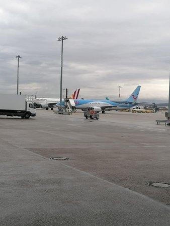 Air Cargo Bistro