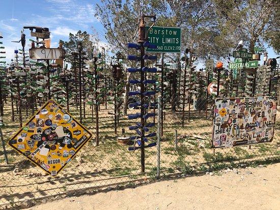 Oro Grande, CA: Elmer Long's Bottle Tree Ranch
