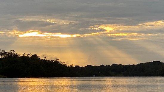 Careiro, AM: nascer do sol