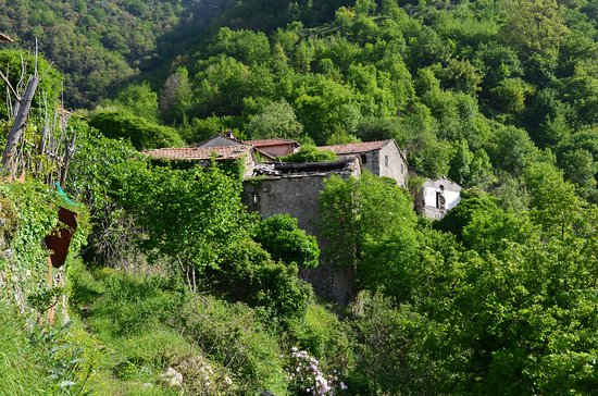 Davagna, Italia: Canate and the first houses
