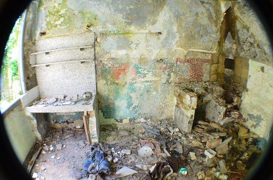 Davagna, Italia: inside old house