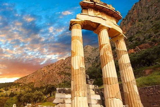 Mercedes Luxury Private Tour til Delphi...