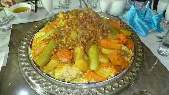 Ouezzane, Morocco: Gemüse-Tajine