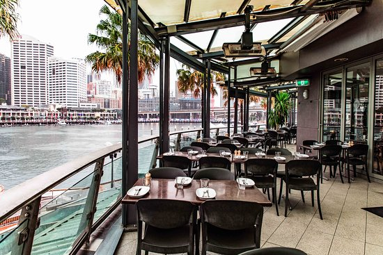 Hurricanes Grill Darling Harbour Hurricane S Grill