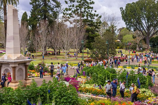 Queens Park Botanic Gardens