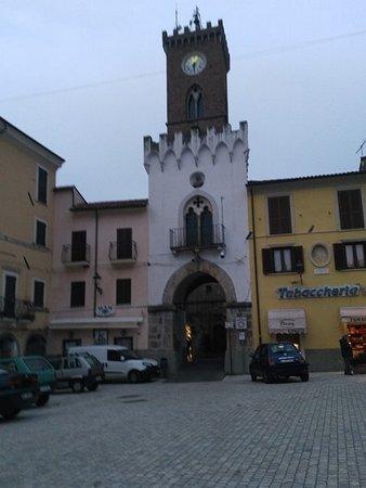 Borgo Velino Piazza con Torre