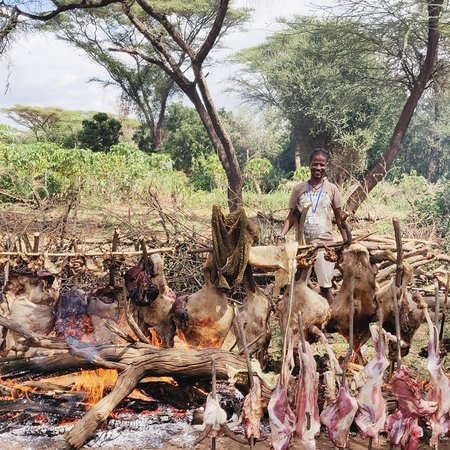 Omo Valley Tours: enjoying local cooking's technique