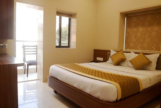Hotel Balwas Grant Road