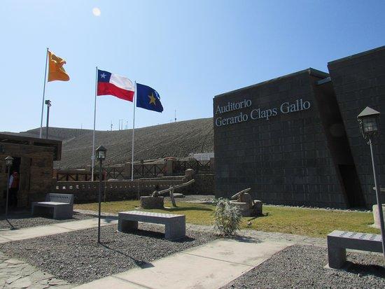 Tierra Amarilla, Chile: Instalaciones