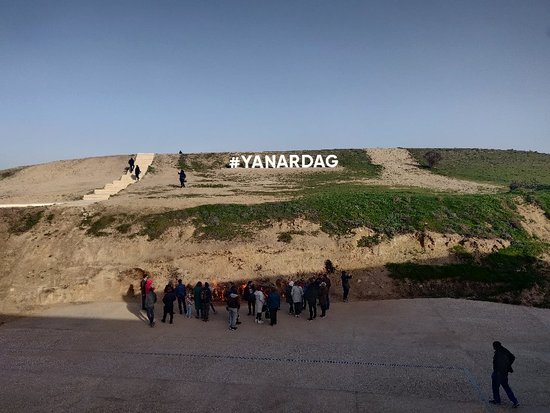 Valokuva: Gobustan & Absheron Tour All Entrance Fees and Lunch Included (Group or Private)