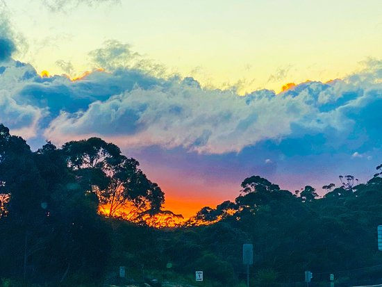 Sunset over Megalong Valley from Medlow Bath ridge, Blue Mountains NSW