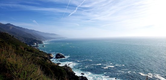 Another beautiful pit stops along the Pacific Coast Highway (south-bound).  I would recommend doing this trip for the first time heading south since your car will be right along the coastline.