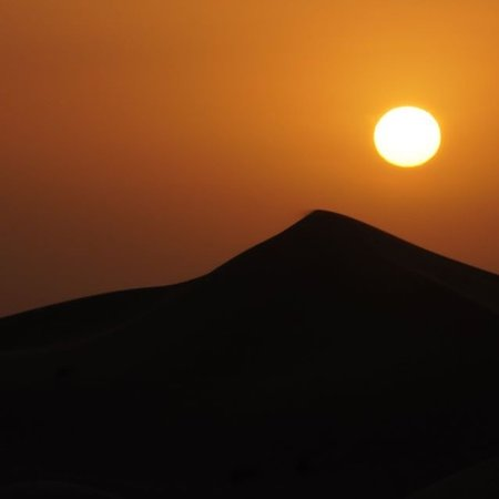 Dubai safari is always one of my choice during my trip in Dubai. It is fascinating moment to me waiting for sunset in the immense of sand dunes, different feeling every time!