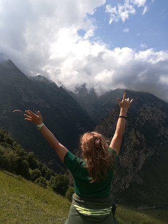 Chegem, Venäjä: Поездка в горы, полёты на параплане.