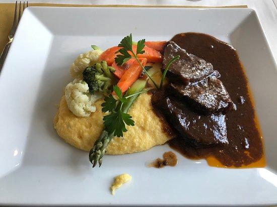 Ibach, Suiza: Brasato di Manzo mit Polenta- sehr lecker