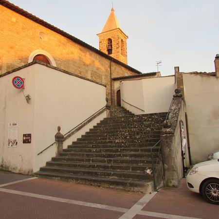 Cellere, Italy: scalinata di accesso