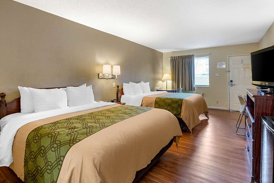 La Vergne, TN: Guest room with queen bed(s)