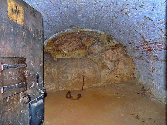 Modave Castle, 25 rooms to visit, a gem🥰💕💛💚