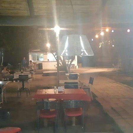 Santa Lucia, Argentina: Parrilla los gringo  Pizza a la parrilla  Pachata  Lono musica en vuvo y la.mejor atencion Nuevis dueños