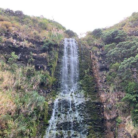 Beautiful Waterfall and swim 5min from car park