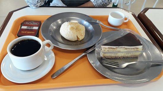 Papanduva, SC: Pão de queijo, torta e cafés