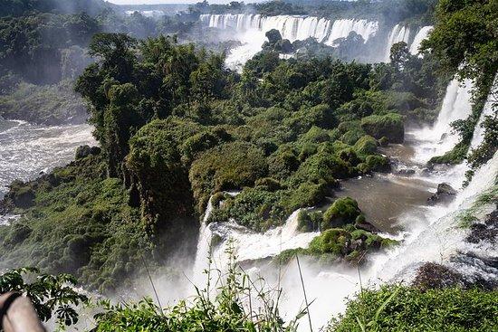 Heldags Iguazu Falls og Itaipu Dam...