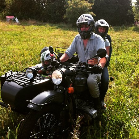 Utrecht Province, Nederland: 35 years of experience. Now also guiding #tours in #Holland. See a beautiful world from a #sidecar. See you soon. 🙂👍
