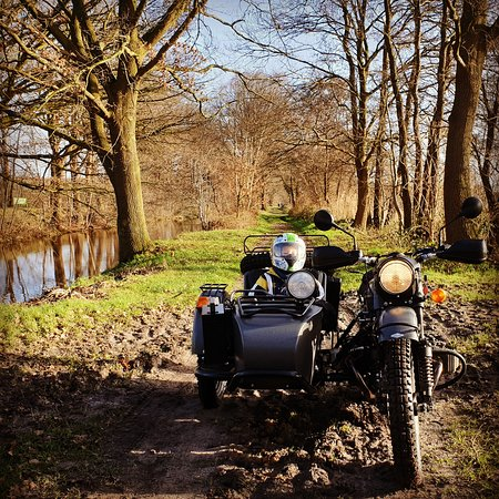 Hollandsche Rading, Нидерланды: Have a historical and rural adventure in a sidecar. Call Holland Sidecar Tours. 0031 (0)6 40623818