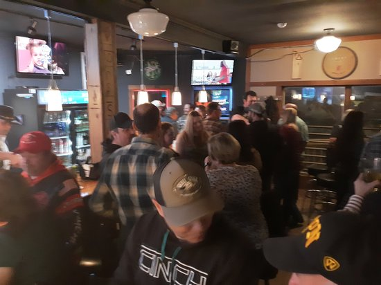 New England, ND: Weekend Crowd