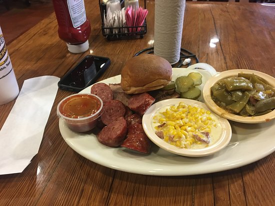 Mathis, TX: Lean Brisket & sausage, creamed corn and green beans :)