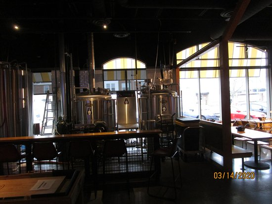 Woodridge, IL: Brewery