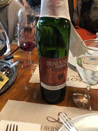 Le Mazot: Vin