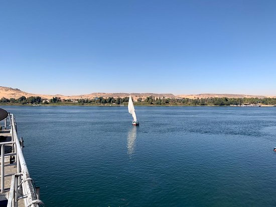 Nile Cruise from Aswan to Luxor with Daily Guided Trip: boat ride