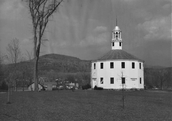 Richmond, VT: Round Church